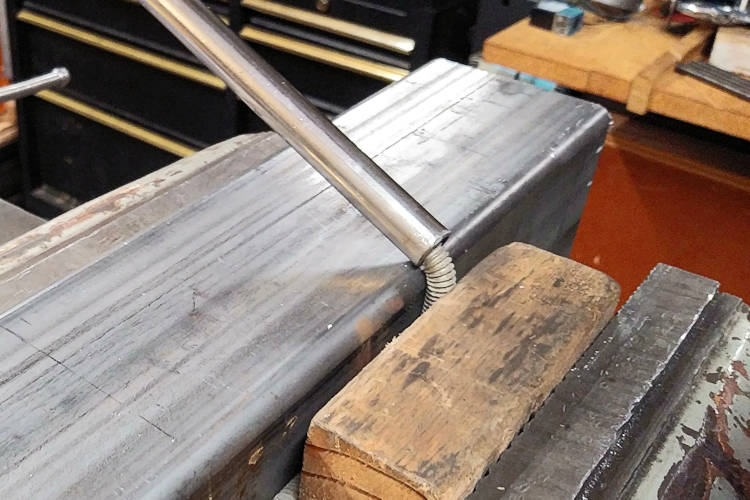 Bending Threaded Rod Better