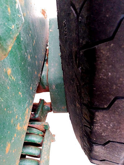 Rear Axle of Low Profile Trailer Suspension